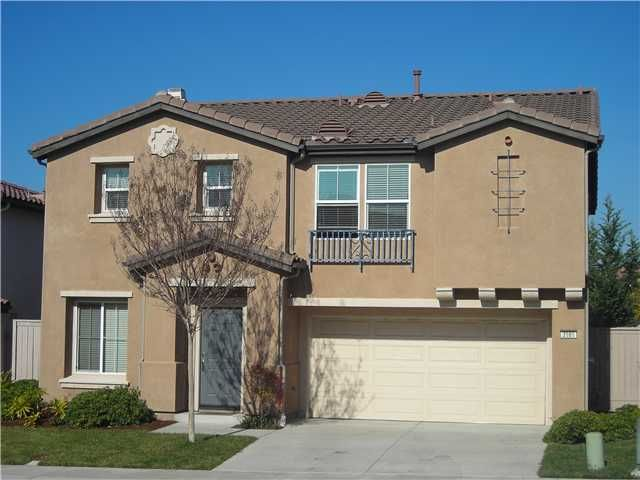 Main Photo: OCEANSIDE House for sale : 4 bedrooms : 3986 Aliento Way
