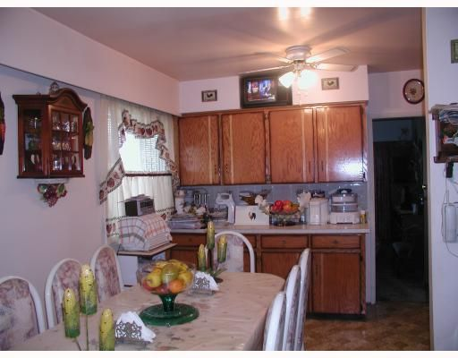 Photo 5: Photos: 5734 MCKINNON Street in Vancouver: Killarney VE House for sale (Vancouver East)  : MLS®# V655644
