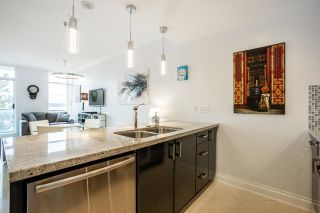"""Photo 8: 403 172 VICTORY SHIP Way in North Vancouver: Lower Lonsdale Condo for sale in """"Atrium"""" : MLS®# R2625786"""