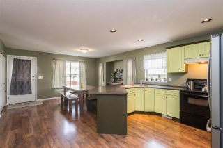 "Photo 7: 34637 7 Avenue in Abbotsford: Poplar House for sale in ""Huntingdon Village"" : MLS®# R2538064"