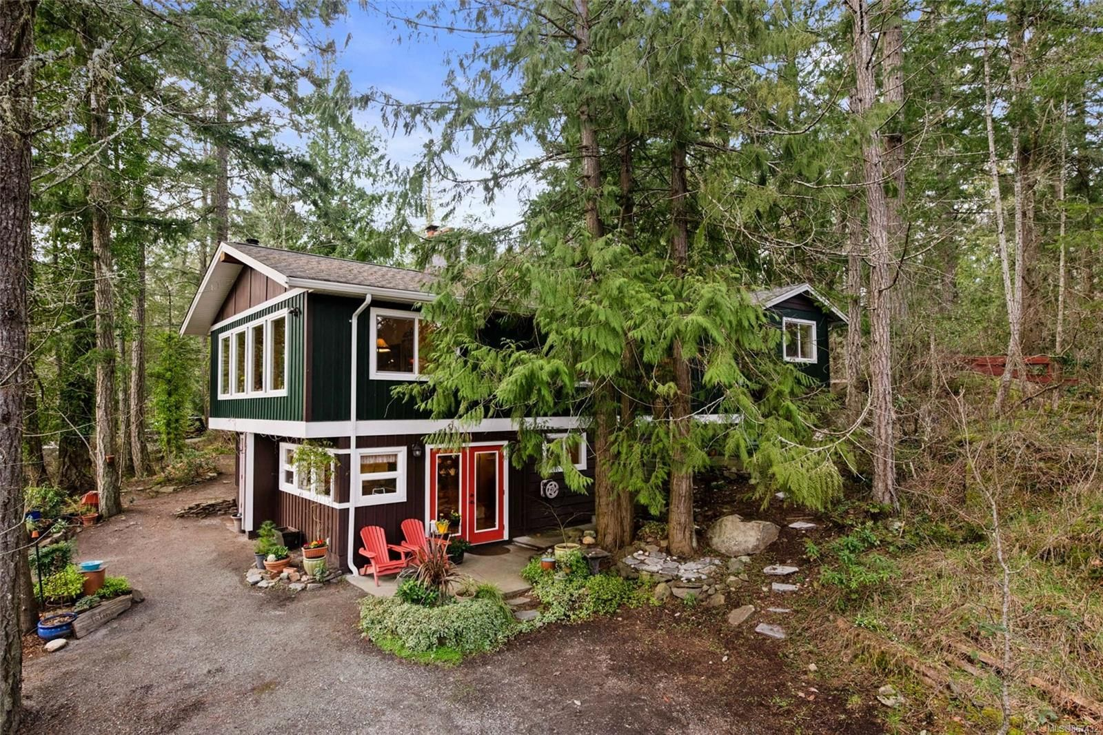Main Photo: 1340 laurel Rd in : NS Deep Cove House for sale (North Saanich)  : MLS®# 867432