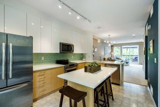 """Photo 4: 61 15 FOREST PARK Way in Port Moody: Heritage Woods PM Townhouse for sale in """"DISCOVERY RIDGE"""" : MLS®# R2592659"""