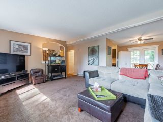 Photo 3: 8260 VIOLA Place in Mission: Mission BC House for sale : MLS®# R2615740