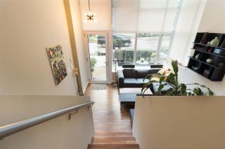 "Photo 3: 231 E 7TH Avenue in Vancouver: Mount Pleasant VE Townhouse for sale in ""THE DISTRICT"" (Vancouver East)  : MLS®# R2232329"