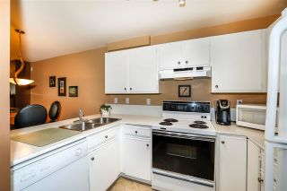 """Photo 11: 101 1369 GEORGE Street: White Rock Condo for sale in """"CAMEO TERRACE"""" (South Surrey White Rock)  : MLS®# R2593633"""