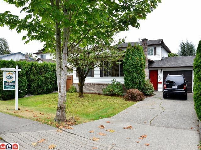 Main Photo: 21240 92ND Avenue in Langley: Walnut Grove House for sale : MLS®# F1123574