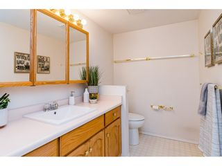 """Photo 12: 204 5375 205 Street in Langley: Langley City Condo for sale in """"Glenmont Park"""" : MLS®# R2500306"""