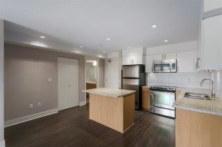 """Photo 8: 301 55 EIGHTH Avenue in New Westminster: GlenBrooke North Condo for sale in """"Eight West"""" : MLS®# R2377360"""