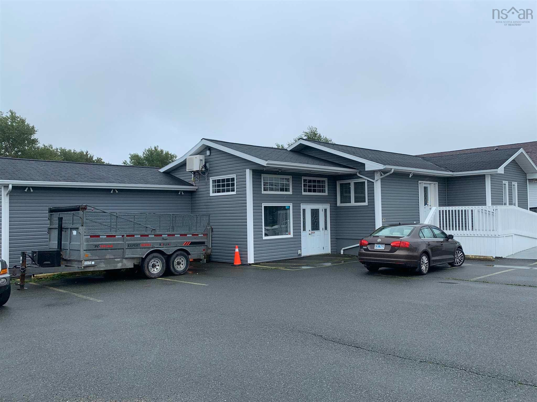 Main Photo: 81 Reserve Street in Glace Bay: 203-Glace Bay Commercial  (Cape Breton)  : MLS®# 202125209