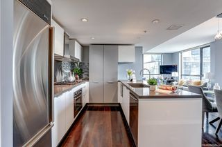 """Photo 10: 2108 788 RICHARDS Street in Vancouver: Downtown VW Condo for sale in """"L'HERMITAGE"""" (Vancouver West)  : MLS®# R2618878"""