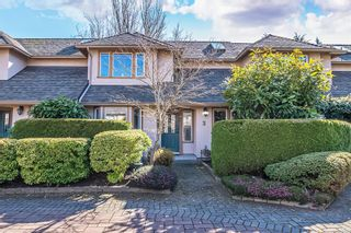 Photo 1: 3 2585 Sinclair Rd in : SE Cadboro Bay Row/Townhouse for sale (Saanich East)  : MLS®# 869888