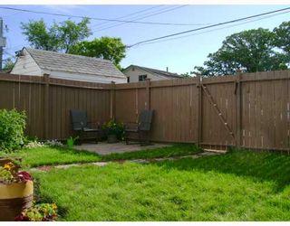 Photo 10: 281 ROSEBERRY Street in WINNIPEG: St James Residential for sale (West Winnipeg)  : MLS®# 2907258