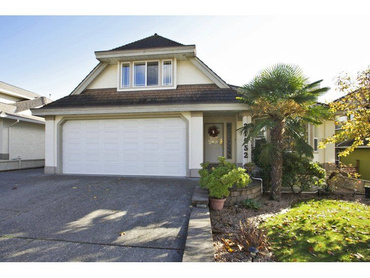 """Main Photo: 31452 JEAN Court in Abbotsford: Abbotsford West House for sale in """"Bedford Landing"""" : MLS®# R2012807"""