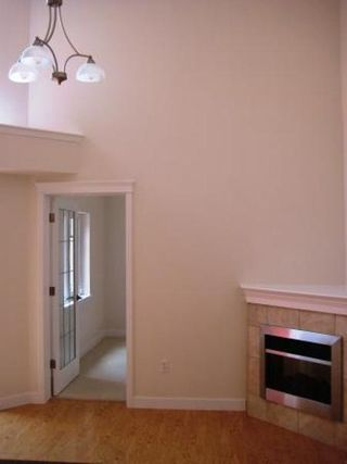 Photo 4: #610, 10333 - 112 STREET: Condo for sale (Oliver)