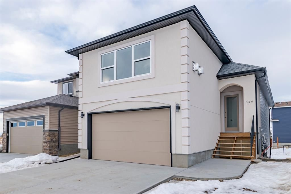 Main Photo: 820 LAKEWOOD Circle: Strathmore Detached for sale : MLS®# A1059245