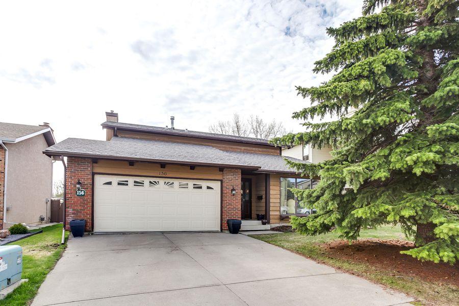 Main Photo: 156 Coachwood Cr SW in Calgary: Storey for sale : MLS®# C3617157