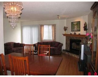 """Photo 3: 101 15529 87A Avenue in Surrey: Fleetwood Tynehead Townhouse for sale in """"EVERGREEN ESTATES"""" : MLS®# F2906932"""