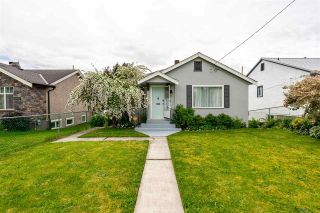 Photo 1: 33614 7TH Avenue in Mission: Mission BC House for sale : MLS®# R2464302