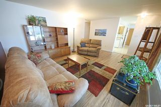 Photo 11: 212 Tremaine Avenue in Regina: Walsh Acres Residential for sale : MLS®# SK858698