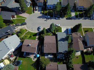 Photo 6: 248 CEDARDALE Bay SW in Calgary: Cedarbrae Detached for sale : MLS®# A1146356