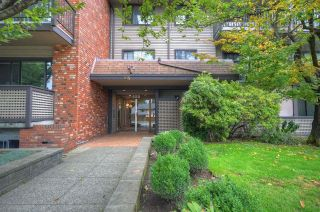 """Main Photo: 105 535 BLUE MOUNTAIN Street in Coquitlam: Central Coquitlam Condo for sale in """"Regal Court on the Park"""" : MLS®# R2622758"""