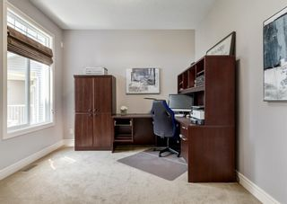 Photo 3: 176 Hawkmere Way: Chestermere Detached for sale : MLS®# A1129210