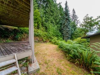 Photo 15: 115 MOUNTAIN Drive: Lions Bay House for sale (West Vancouver)  : MLS®# R2561948