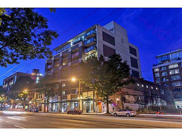 """Photo 2: Photos: 902 718 MAIN Street in Vancouver: Mount Pleasant VE Condo for sale in """"GINGER"""" (Vancouver East)  : MLS®# V1143243"""