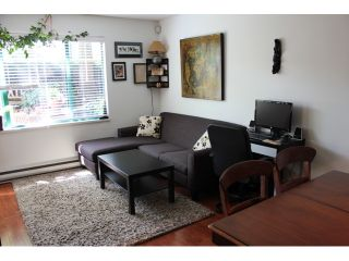 """Photo 3: 106 929 W 16TH Avenue in Vancouver: Fairview VW Condo for sale in """"OAKVIEW GARDENS"""" (Vancouver West)  : MLS®# V978752"""
