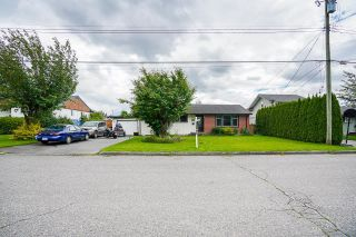 Photo 5: 46254 MCCAFFREY Boulevard in Chilliwack: Chilliwack E Young-Yale House for sale : MLS®# R2617373
