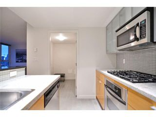 "Photo 4: 1905 33 SMITHE Street in Vancouver: Yaletown Condo for sale in ""Coopers Lookout"" (Vancouver West)  : MLS®# V954984"