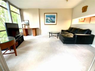 """Photo 8: 405 1200 ALBERNI Street in Vancouver: West End VW Condo for sale in """"Palisades"""" (Vancouver West)  : MLS®# R2612011"""