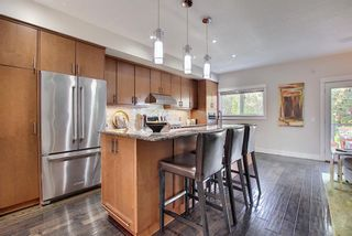 Photo 9: 2024 27 Avenue SW in Calgary: South Calgary Semi Detached for sale : MLS®# A1116777