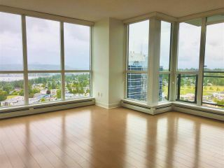 """Photo 6: 2410 10777 UNIVERSITY Drive in Surrey: Whalley Condo for sale in """"CITYPOINT"""" (North Surrey)  : MLS®# R2588021"""