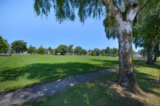 Photo 7:  in Vancouver: Home for sale : MLS®# V964450