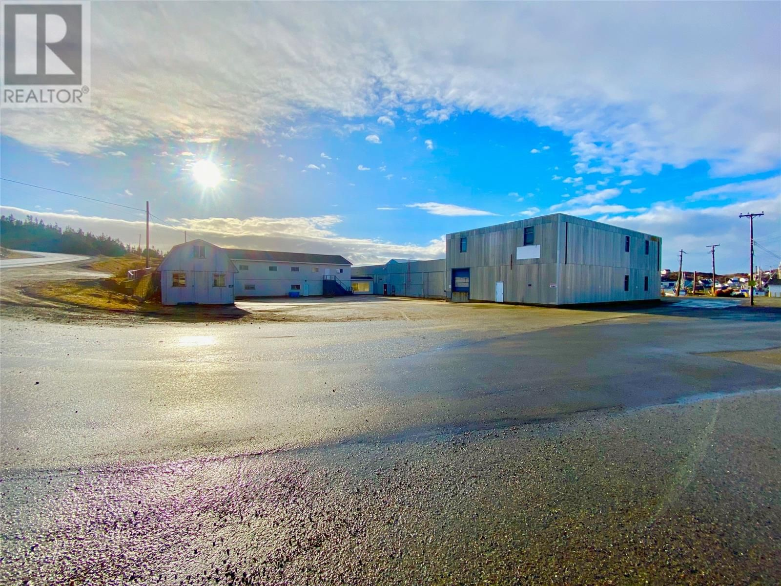 Main Photo: 1-17 Plant Road in Twillingate: Industrial for sale : MLS®# 1225586