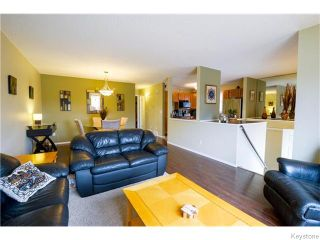 Photo 3: 106 Brotman Bay in Winnipeg: St Vital Residential for sale (South East Winnipeg)  : MLS®# 1607853