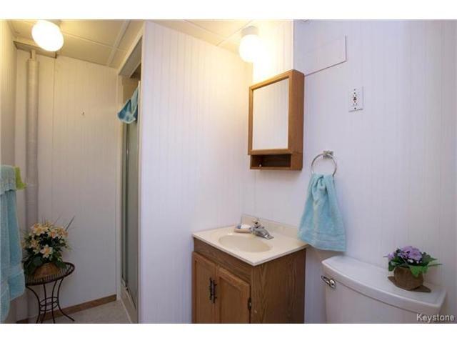 Photo 17: Photos: 31 Farlinger Bay in Winnipeg: Garden City Residential for sale (4F)  : MLS®# 1703932
