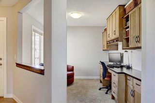 Photo 5: 205 CHAPALINA Mews SE in Calgary: Chaparral Detached for sale : MLS®# C4241591