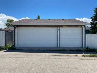 Photo 4: 159 Falton Way NE in Calgary: Falconridge Detached for sale : MLS®# A1113632