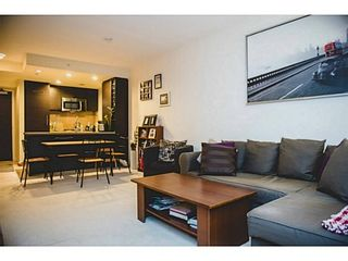 Photo 10: 1105 833 HOMER Street in Vancouver West: Home for sale : MLS®# V1100708
