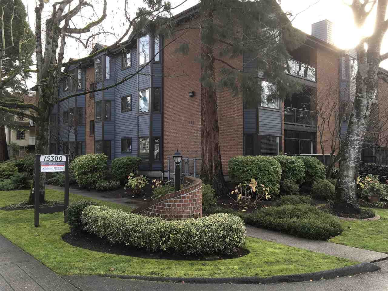 Main Photo: 105 15300 17 AVENUE in Surrey: King George Corridor Condo for sale (South Surrey White Rock)  : MLS®# R2124370