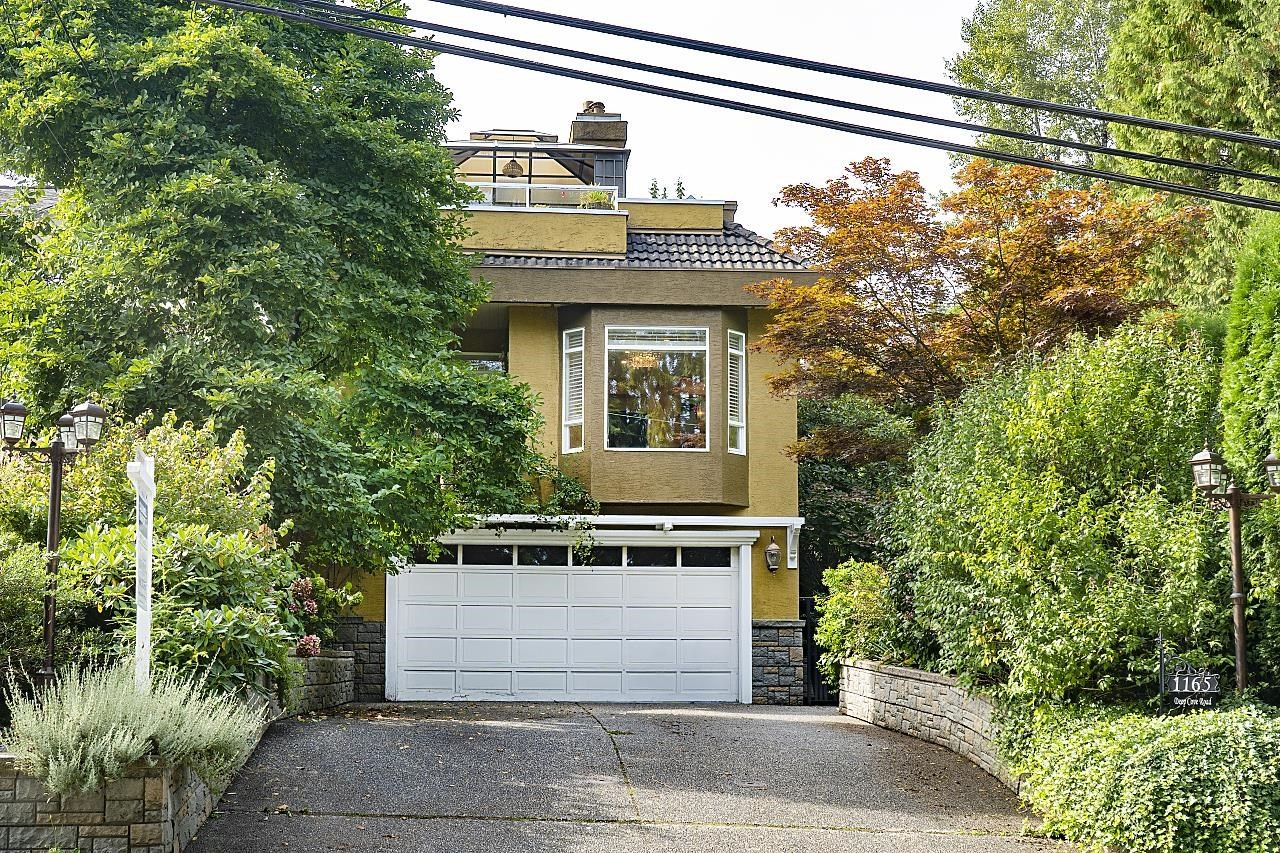 Main Photo: 1165 DEEP COVE Road in North Vancouver: Deep Cove House for sale : MLS®# R2619801
