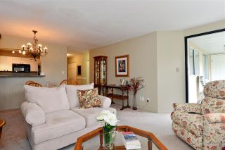 "Photo 8: 302 1273 MERKLIN Street: White Rock Condo for sale in ""CLIFTON LANE"" (South Surrey White Rock)  : MLS®# R2064744"