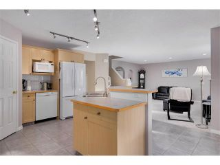 Photo 7: 27 VALLEY STREAM Manor NW in Calgary: Valley Ridge House for sale
