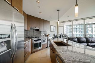 "Photo 10: 705 6188 WILSON Avenue in Burnaby: Metrotown Condo for sale in ""Jewel 1"" (Burnaby South)  : MLS®# R2394453"