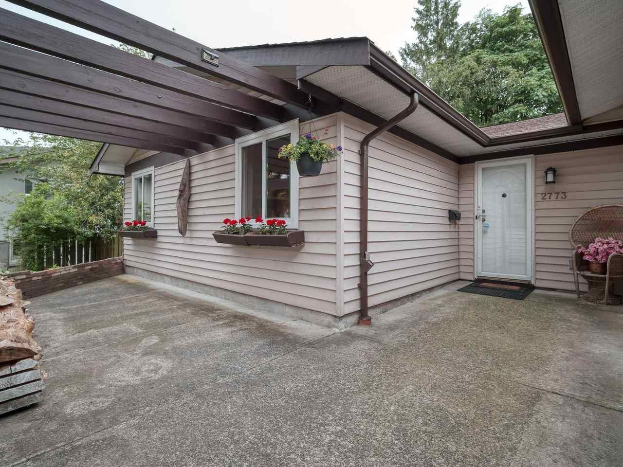 Photo 3: Photos: 2773 DAYBREAK Avenue in Coquitlam: Ranch Park House for sale : MLS®# R2457912