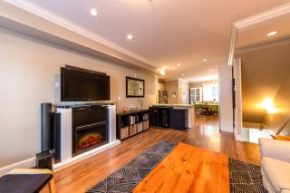 """Photo 5: 310 SEYMOUR RIVER Place in North Vancouver: Seymour NV Townhouse for sale in """"The Latitudes"""" : MLS®# R2333638"""