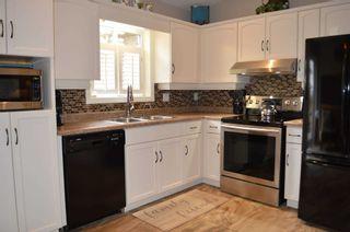 Photo 5: 37 Abbey Road: Orangeville House (Backsplit 4) for sale : MLS®# W5157324