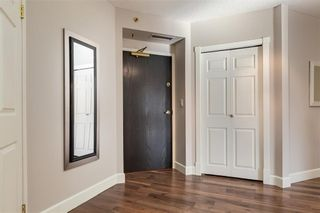 Photo 3: 602 200 LA CAILLE Place SW in Calgary: Eau Claire Apartment for sale : MLS®# C4261188